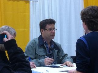 Sean Astin at his table