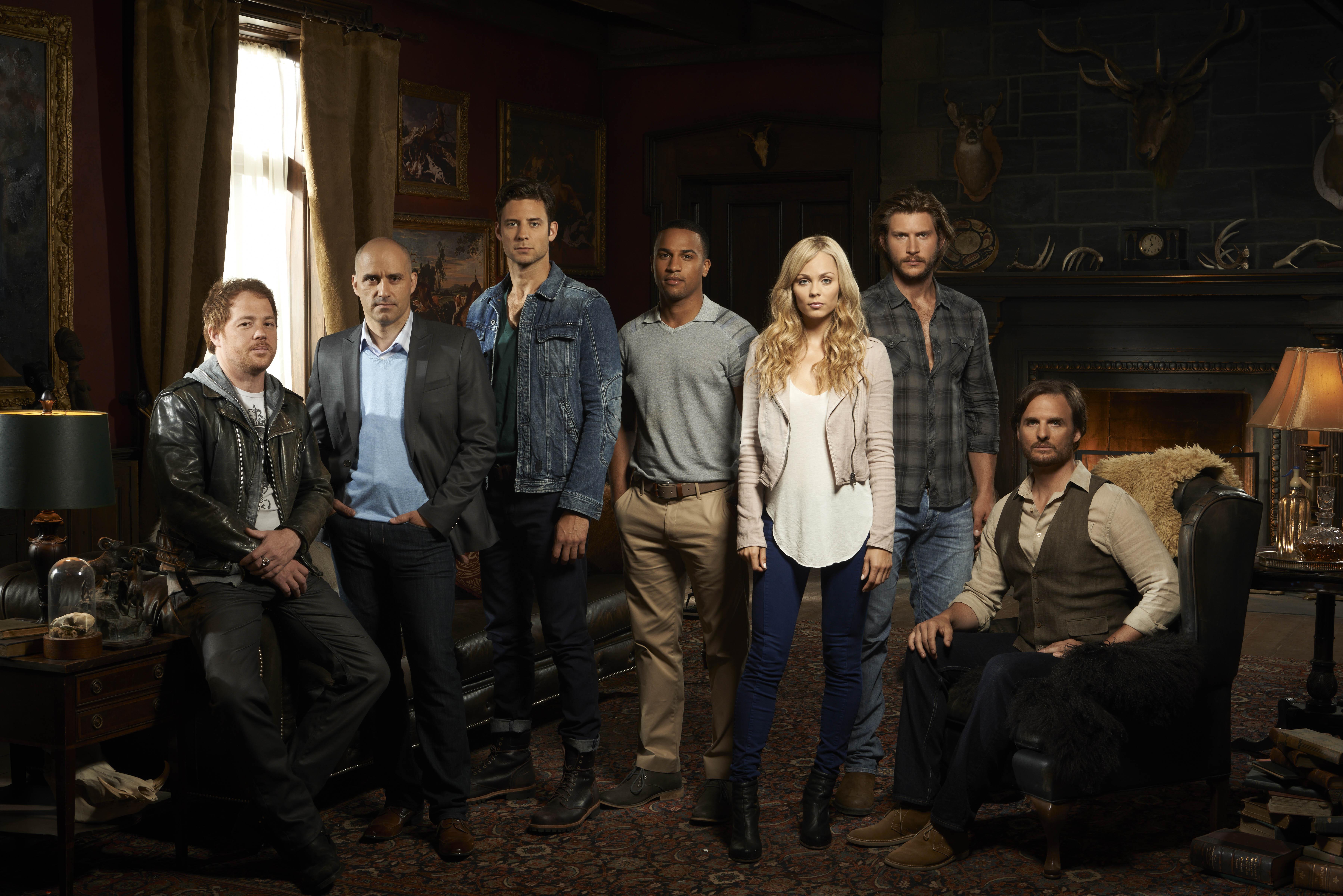 The cast ofBitten