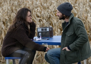 Tatiana Maslany as Sarah Manning and Michiel Huisman as Cal Morrison