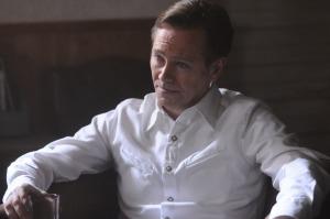Peter Outerbridge as Henrik