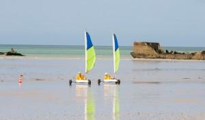 Natalie-and-Meaghan-beach-sailing