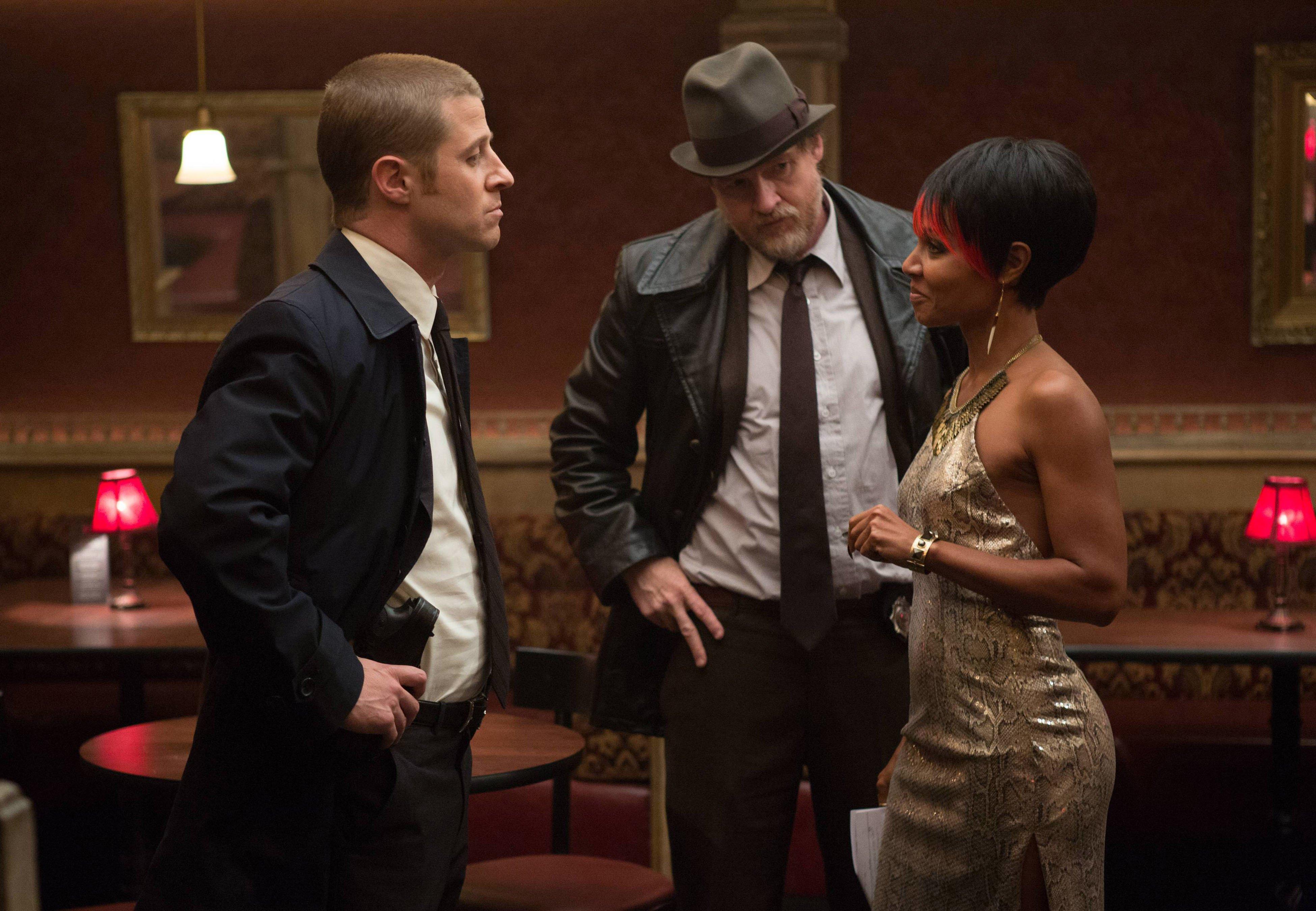 Gotham_102_MooneysNightClub_0980r_40c3e91f