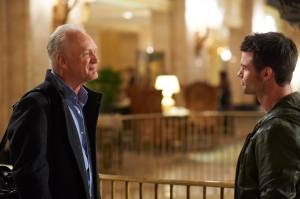 Nigel Bennel as Dr. Goren and Daniel Gillies as Joel Goren