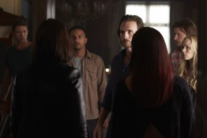 Michael Xavier as Logan Jonsen, Greg Bryk as Jeremy Danvers, Tommie-Amber Pirie as Paige Winterbourne and Tammy Isbell as Ruth Winterbourne (backs to camera)