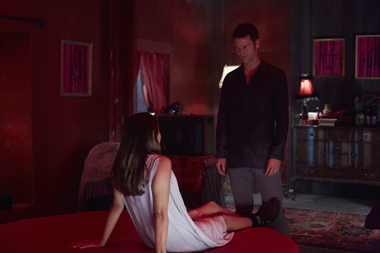 """bitten season 2 episode 9 """"scavenger's daughter"""" recap – pop goes"""