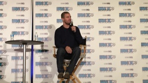 Stephen Amell at his panel