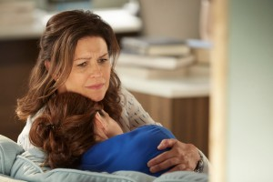 Wendy Crewson as Dana Kinney