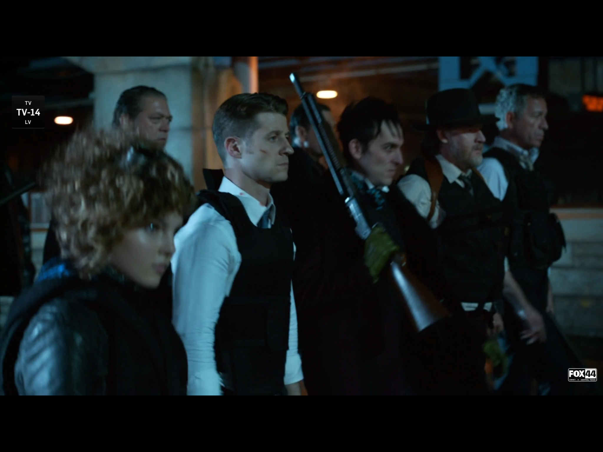 Gotham Season 2 Episode 11 Recap Worse Than A Crime Pop Goes The