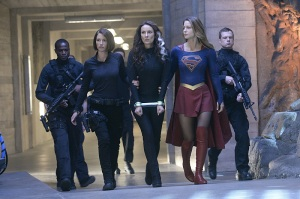 """""""Blood Bonds"""" -- With Astra in captivity at the DEO, her husband, Non (Chris Vance), captures Hank, leading to a tense standoff between the two sides. Also, Kara continues to refute Cat's allegations that she is Supergirl, on SUPERGIRL, Monday, Jan. 4 (8:00-9:00 PM) on the CBS Television Network. Pictured left to right: Chyler Leigh, Laura Benanti and Melissa Benoist  Photo: Darren Michaels/Warner Bros. Entertainment Inc. © 2015 WBEI. All rights reserved"""