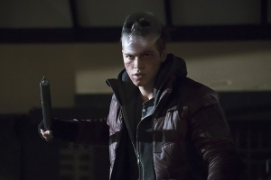 "Arrow -- ""Blood Debts"" -- Image AR410B_0130b.jpg -- Pictured: Alexander Calvert as Anarky -- Photo: Katie Yu/ The CW -- © 2015 The CW Network, LLC. All Rights Reserved."