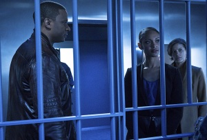 "Arrow -- ""A.W.O.L."" -- Image AR411b_0094b.jpg -- Pictured (L-R): David Ramsey as John Diggle, Cynthia Addai-Robinson as Amanda Waller and Audrey Marie Anderson as Lyla Michaels -- Photo: Liane Hentscher/ The CW -- © 2016 The CW Network, LLC. All Rights Reserved."