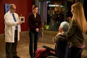 Erica Durance as Alex Reid and Wendy Crewson as Dana Kinney
