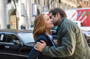 THE X-FILES: L-R: Gillian Anderson and David Duchovny. ©2015 Fox Broadcasting Co. Cr: Ed Araquel/FOX
