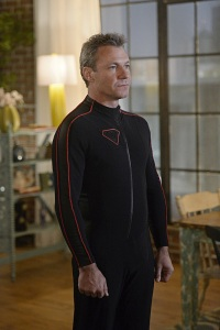 """Truth, Justice and the American Way"" -- Supergirl does battle with the deadly Master Jailer (Jeff Branson), who is hunting and executing escaped Fort Rozz prisoners, on SUPERGIRL, Monday, Feb. 22 (8:00-9:00 PM, ET/PT) on the CBS Television Network. Pictured: Chris Vance Photo: Darren Michaels/Warner Bros. Entertainment Inc. © 2016 WBEI. All rights reserved."