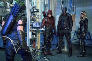 "Arrow -- ""Unchained"" -- Image AR412A_0054b.jpg -- Pictured (L-R): Stephen Amell as Green Arrow, Colton Haynes as Arsenal, David Ramsey as John Diggle and Katie Cassidy as Black Canary -- Photo: Liane Hentscher/ The CW -- © 2016 The CW Network, LLC. All Rights Reserved."