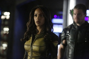 "Arrow -- ""Taken"" -- Image AR415b_0014.jpg -- Pictured (L-R): Megalyn E.K. as Vixen and Stephen Amell as Oliver Queen / The Green Arrow -- Photo: Bettina Strauss/ The CW -- © 2016 The CW Network, LLC. All Rights Reserved."