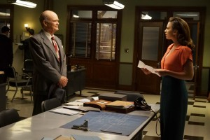 """MARVEL'S AGENT CARTER - """"Smoke and Mirrors"""" - Agent Carter and the SSR learn there's more than just a pretty face behind Hollywood star Whitney Frost, Peggy's most dangerous foe yet, on """"Marvel's Agent Carter,"""" TUESDAY, FEBRUARY 2 (9:00-10:00 p.m. EST) on the ABC Television Network. (ABC/Richard Cartwright) KURTWOOD SMITH, HAYLEY ATWELL"""