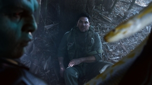 """""""Manhunter"""" -- J'onn J'onzz reveals the details of meeting Kara and Alex's father, Dr. Jeremiah Danvers (Dean Cain, right), and assuming Hank Henshaw's identity, on SUPERGIRL, Monday, March 21 (8:00-9:00 PM, ET/PT) on the CBS Television Network. Frame Grab: © 2016 WBEI. All rights reserved."""