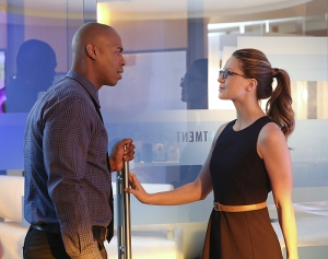 """""""Better Angels"""" -- Supergirl (Melissa Benoist, right) is forced to do battle with an unexpected foe and must risk everything -- including her life -- to prevent Non and Indigo from destroying every person on the planet, on the first season finale of SUPERGIRL, Monday, April 18 (8:00-9:00 PM, ET/PT) on the CBS Television Network. Also pictured: Mehcad Brooks (left) Photo: Cliff Lipson/CBS ©2016 CBS Broadcasting, Inc. All Rights Reserved"""