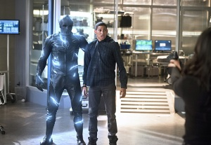 "The Flash -- ""Versus Zoom"" -- Image: FLA218b_0011b2.jpg -- Pictured (L-R): Zoom and Keiynan Lonsdale as Wally West -- Photo: Diyah Pera/The CW -- © 2016 The CW Network, LLC. All rights reserved"