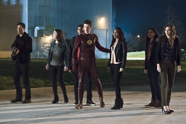 "The Flash -- ""The Race of His Life"" -- Image: FLA223b_0061b.jpg -- Pictured (L-R): Tom Cavanagh as Harrison Wells, Violett Beane as Jesse Quick, Keiynan Lonsdale as Wally West, Grant Gustin as Barry Allen, Candice Patton as Iris West, Carlos Valdes as Cisco Ramon and Danielle Panabaker as Caitlin Snow -- Photo: Katie Yu/The CW -- © 2016 The CW Network, LLC. All rights reserved."