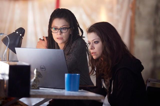Cosima (TATIANA MASLANY) and Sarah (TATIANA MASLANY)