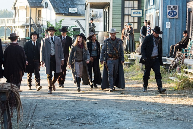 "DC's Legends of Tomorrow --""Outlaw Country"" -- Image LGN206b_0159.jpg -- Pictured (L-R): Nick Zano as Nate Heywood/Steel, Franz Drameh as Jefferson ""Jax"" Jackson, Brandon Routh as Ray Palmer/Atom, Caity Lotz as Sara Lance/White Canary, Maisie Richardson- Sellers as Amaya Jiwe/Vixen, Johnathon Schaech as Jonah Hex and Dominic Purcell as Mick Rory/Heat Wave -- Photo: Dean Buscher/The CW -- © 2016 The CW Network, LLC. All Rights Reserved."