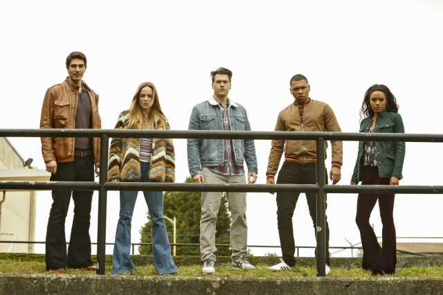"DC's Legends of Tomorrow --""Raiders of the Lost Art""-- LGN209c_0093.jpg -- Pictured (L-R): Brandon Routh as Ray Palmer/Atom, Caity Lotz as Sara Lance/White Canary, Nick Zano as Nate Heywood/Steel, Franz Drameh as Jefferson ""Jax"" Jackson and Maisie Richardson- Sellers as Amaya Jiwe/Vixen -- Photo: Bettina Strauss/The CW -- © 2017 The CW Network, LLC. All Rights Reserved"