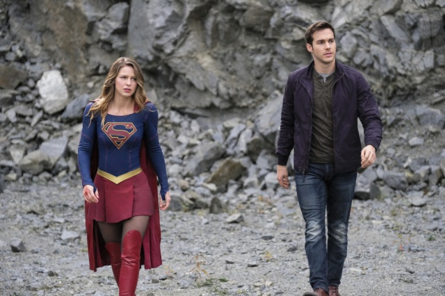 "Supergirl -- ""Supergirl Lives"" -- Image SPG209a_0248.jpg -- Pictured (L-R): Melissa Benoist as Kara/Supergirl and Chris Wood as Mike/Mon-El -- Photo: Robert Falconer/The CW -- © 2017 The CW Network, LLC. All Rights Reserved"