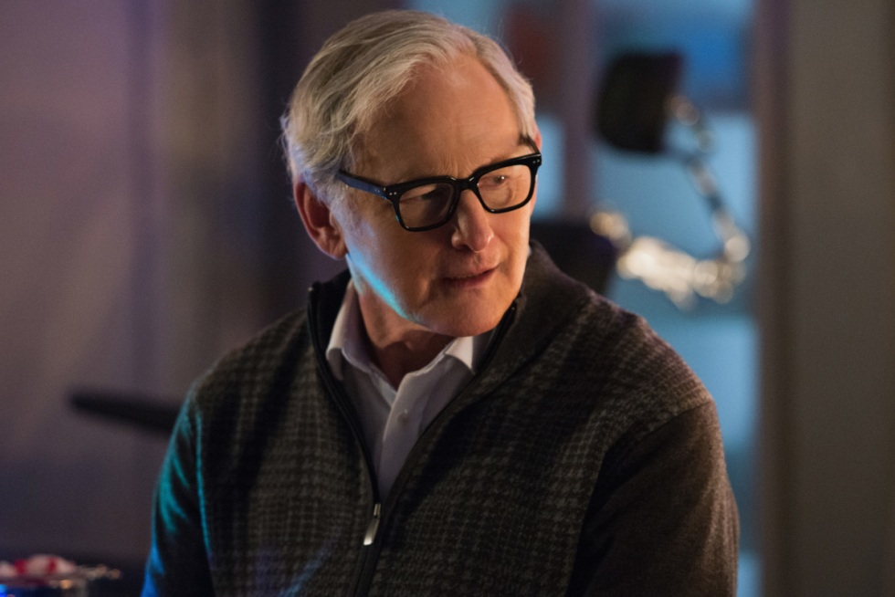 """DC's Legends of Tomorrow --""""Turncoat""""-- LGN211a_0248.jpg -- Pictured: Victor Garber as Professor Martin Stein -- Photo: Diyah Pera/The CW -- © 2017 The CW Network, LLC. All Rights Reserved"""