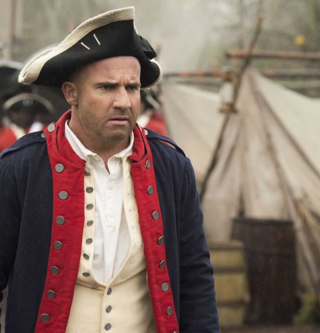 """DC's Legends of Tomorrow --""""Turncoat""""-- LGN211b_0013.jpg -- Pictured: Dominic Purcell as Mick Rory/Heat Wave -- Photo: Cate Cameron/The CW -- © 2017 The CW Network, LLC. All Rights Reserved"""